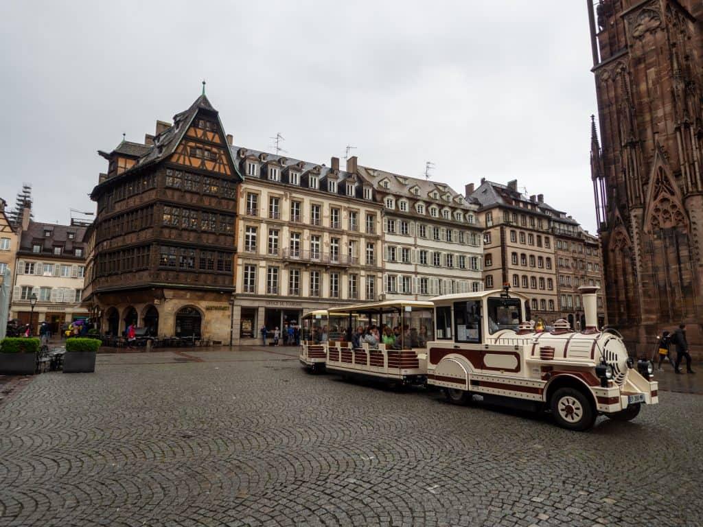 touristischer Zug durch Strasbourg